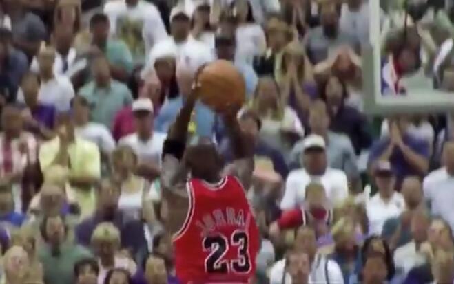 The Last Shot!這應該是喬丹生涯最具傳奇性的一投!