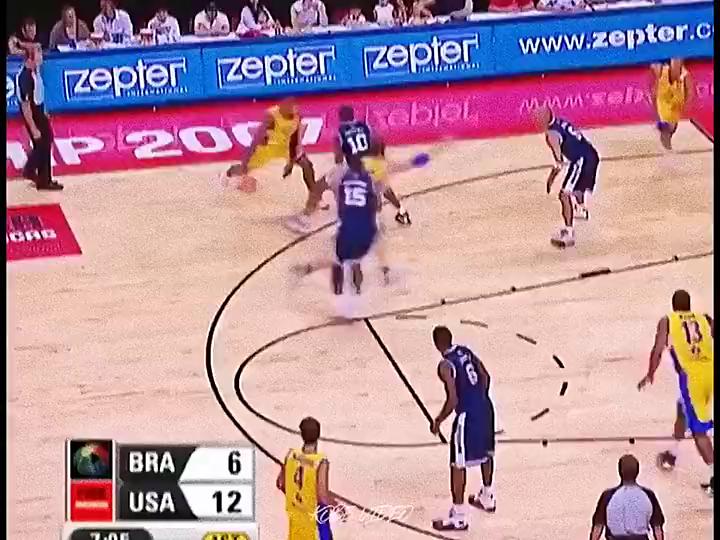 Respect!看看Kobe當年是怎麼防Barbosa的