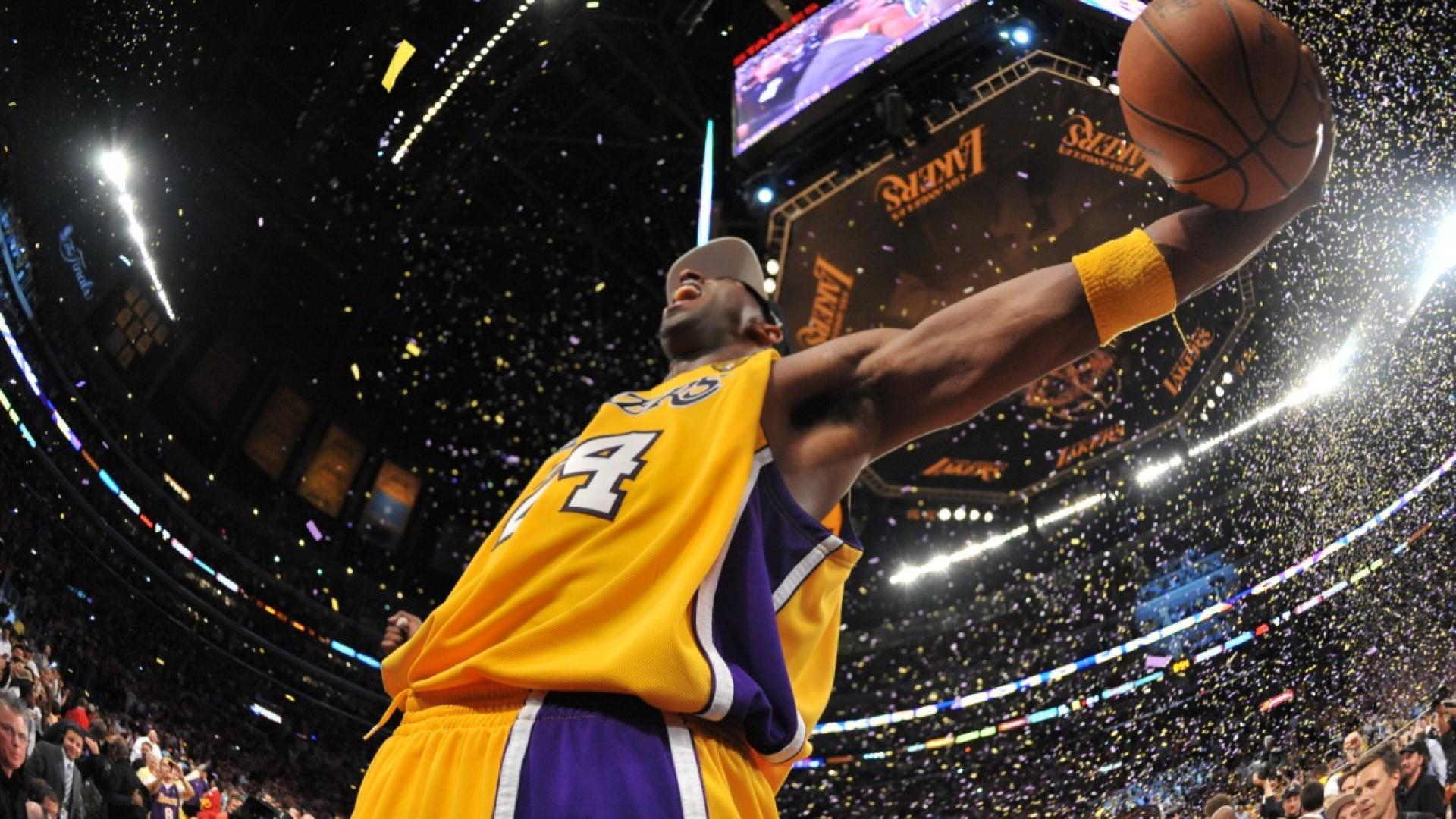 七根手指,六记绝杀,第五个冠军!谨以此献给Kobe的42岁生日:这是你最伟大的复仇!(影)