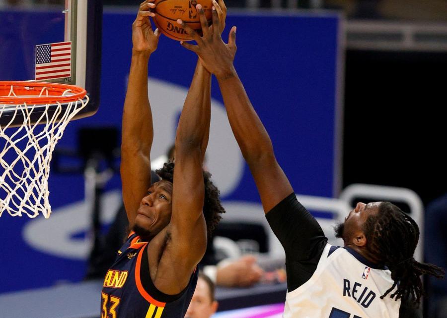 全民皆兵!Oubre爆發20+9,榜眼三分3中3,柯瑞砍16+6,勇士再勝灰狼!(影)-黑特籃球-NBA新聞影音圖片分享社區