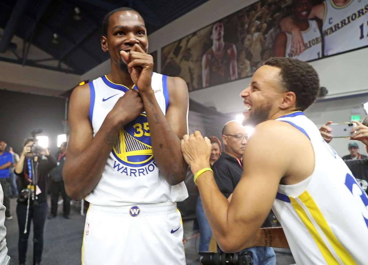 【影片】杜蘭特評論Curry昨天的關鍵三分:搖桿往左推,Curry後撤步~-黑特籃球-NBA新聞影音圖片分享社區