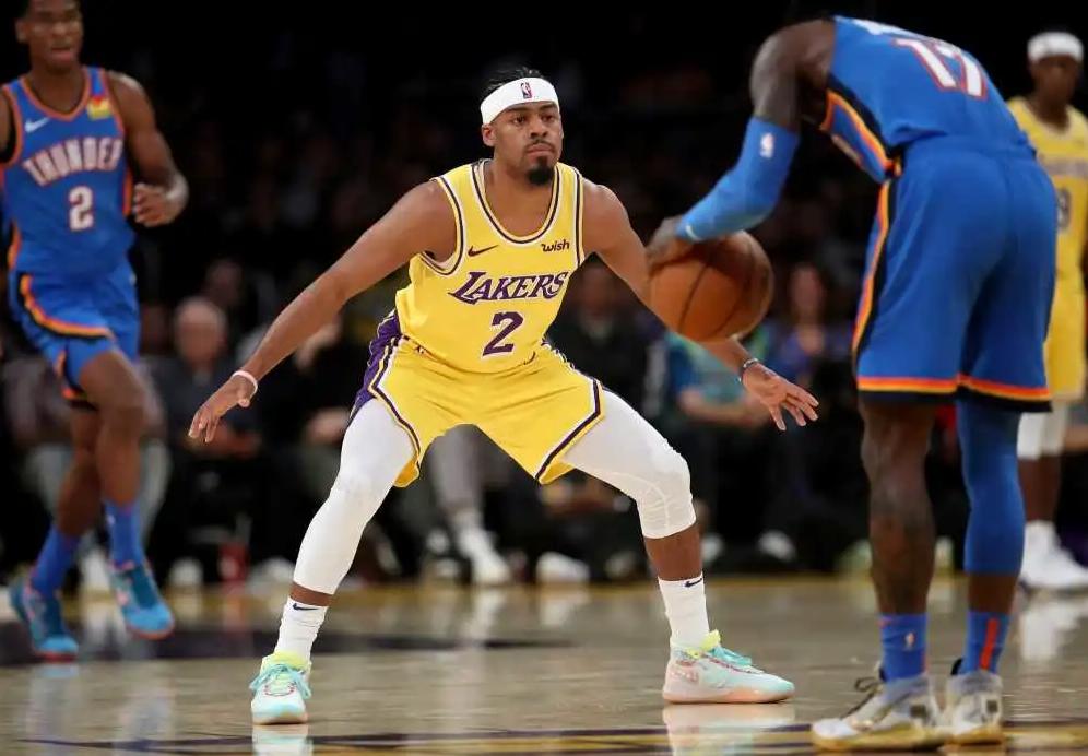 曾在勇士打出高光時刻,如今到湖人已跌出輪換,他空有投籃能力卻無法施展…-黑特籃球-NBA新聞影音圖片分享社區