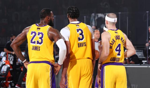 聯盟第264飆升至聯盟第1!禿曼巴Caruso練出新絕技,他是性價比最高的3D嗎?-黑特籃球-NBA新聞影音圖片分享社區
