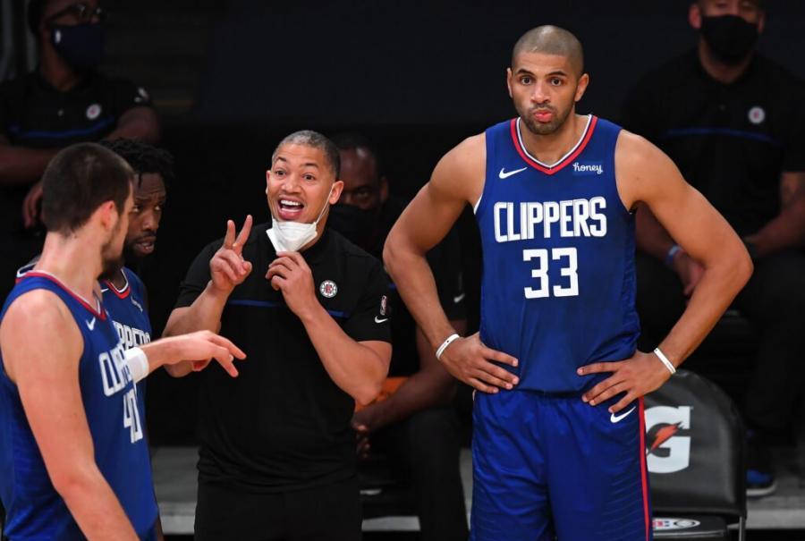 一句話可以看出泰倫盧的情商遠高於老河流,因此他能順利改造快艇!-黑特籃球-NBA新聞影音圖片分享社區