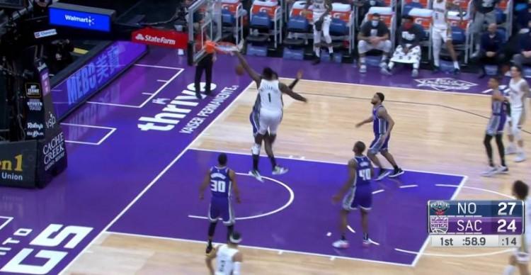 【影片】暴力炸框!Zion虛晃一槍+突破單手隔扣,那一瞬間把全場人都看呆了!-黑特籃球-NBA新聞影音圖片分享社區